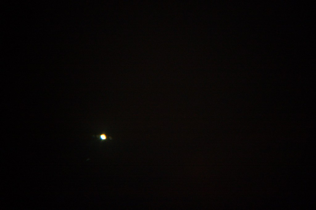 Jupiter and 3 Moons (out of focus)
