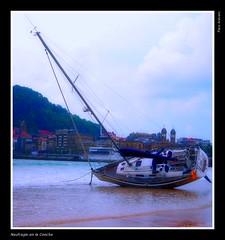 Naufragio en la Concha (pacocere1) Tags: mar barcos paisaje sansebastian naufragio cantabrico pacoarevalo pacocere tff1