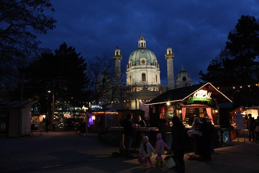 Adventmarkt Karlsplatz 001