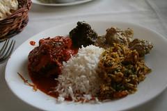 インドでの初インドカレーはあまり美味しくなかった