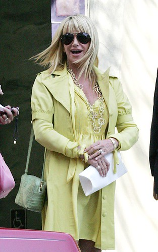 Suzanne Somers In Yellow