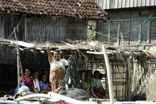 Pulao Bajo women seaweed farmers