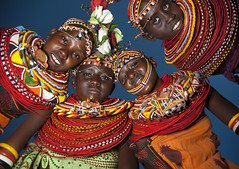 Rendille women - Lake Turkana - Kenya (Eric Lafforgue) Tags: africa girls night happy beads women kenya flash smiles culture tribal tribes afrika tradition tribe jewels ethnic colliers tribo necklaces afrique ethnology tribu 6786 qunia lafforgue ethnie  qunia    kea   a