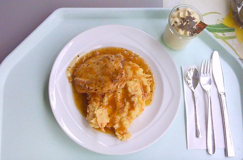 Pute in Honig-Pfeffer-Sauce / Turkey in honey pepper sauce