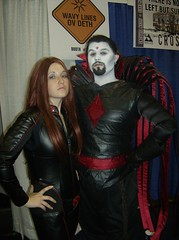 Jean and Sinister (BelleChere) Tags: costume cosplay wizardworld jeangrey wizardworldchicago mistersinister