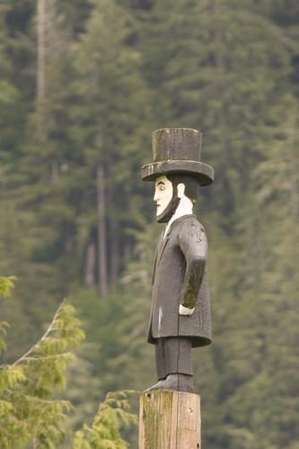 Lincoln Totem