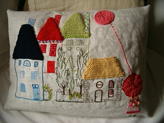 petite fille en Provence 1 (rosaechocolat) Tags: trees houses casa embroidery meninas available algodo almofadas