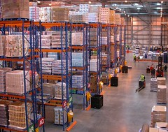 Distribution centre (Nick Saltmarsh) Tags: food centre supermarket storage warehouse pallets crates distribution logistics racking rdc sainsbury bigshed jelliedeel foodsupplychain regionaldistributioncentre jelliedeelfavourite walthampoint