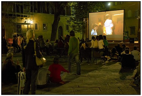 Film in the Piazza Santo Spirito