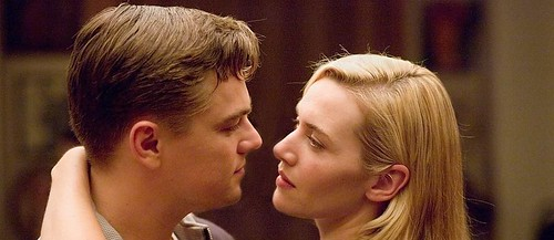 Kate Winslet si Leonardo di Caprio in Revolutionary Road