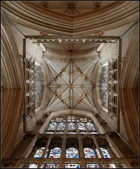 Neckbreaking view (katrin glaesmann) Tags: york england tower cathedral minster architectur theunforgettablepictures