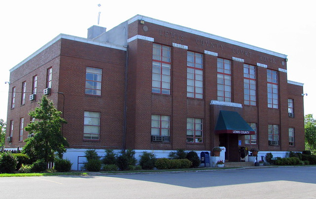 Lewis County Courthouse #2 - Hohenwald, TN