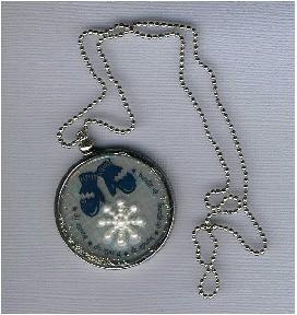 MM_-_Brrrrrr_pendant