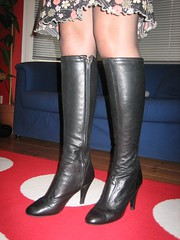 IMG_1240 (manfields) Tags: leather vintage boots