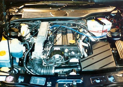 16v DOHC motor i sierra??? 3130836319_b70988c226