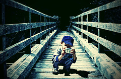 Little photographer (Thiago Lopes) Tags: bridge blue boy cute photographer little littleboy cmera