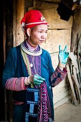 10April_Sapa Ethnic Villagers_001 (colsteel) Tags: vietnam sapa d300 canontrip