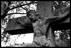 INRI (Jan Ronald Crans) Tags: bw germany zwartwit hiking jesus crucifix law duitsland jezus kruis rheinsteig