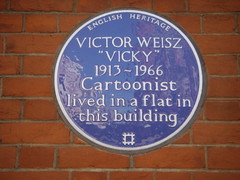 Photo of Victor Weisz blue plaque