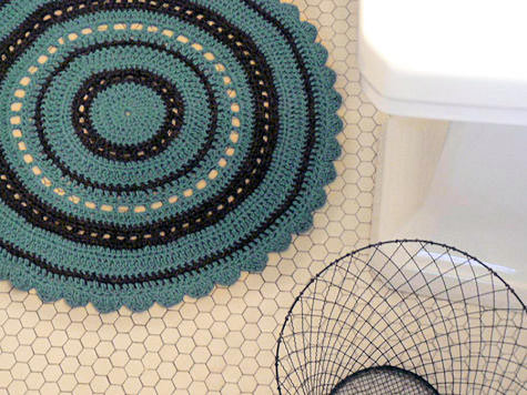 Diy Project Julies Crochet Bath Rug Designsponge