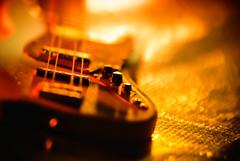Bass inferno (kktp_) Tags: hot macro thailand nikon dof bass bokeh awesome musicalinstrument gel sb800 d80 105mmf28gvrmicro strobist nikoncls ehbd alittletoosmallformyhands notsorealbass