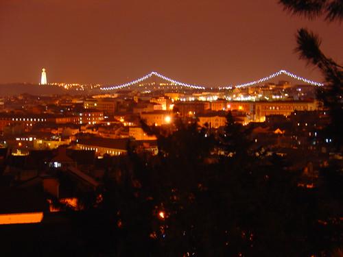 Vista noctura de Lisboa