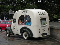 Old Ice-Cream Van (Jessica The Cat) Tags: york old castle ice thames museum cream van 1949 fordson e83w
