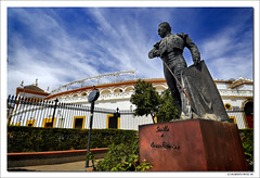5 Postcards from Sevilla... 2nd: 'Plaza de Toros de la Real Maestranza' (B'Rob) Tags: street plaza city travel blue light sky espaa orange cloud streetart color verde green art tourism true azul architecture photography lights photo yahoo google sevilla spain rojo nikon flickr paradise symbol picture cyan tourist bull colores seville oxido best explore most bullfighter cielo wikipedia paraiso toro bullring mejor tradicin oxide torero d300 brob explored gettyimagesspainq1 brobphoto