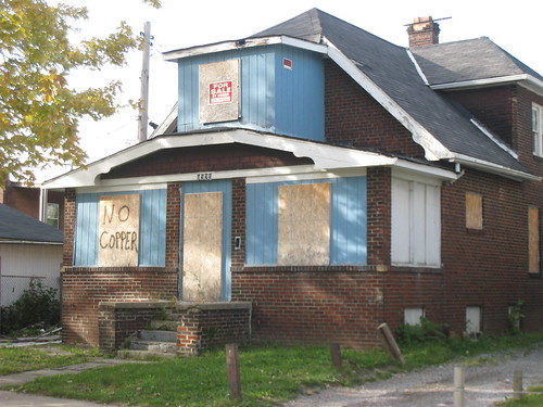 No Copper Sign on Vacant Home