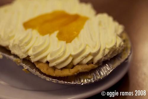 Mom & Tinas Mango Cream Pie (Php 100)