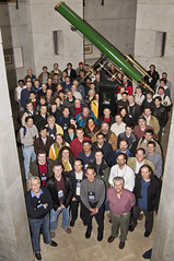 Foto de grupo del IVOA InterOp / IVOA InterOp Group Photo (juandesant) Tags: ivoa baltimore telescope jhu bloombergbuilding telescopio interop johnshopkinsuniversity stsci