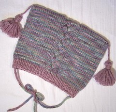 Elliebelly Pellucidly BFL Hat