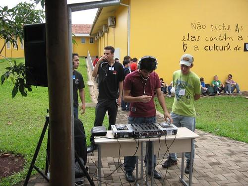 Basic DJ Equipment For A Party Setup
