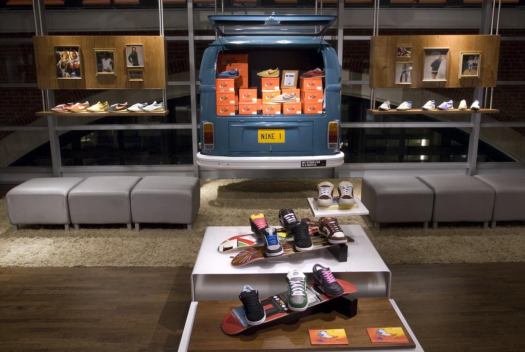 Nike Vintage Running Retail