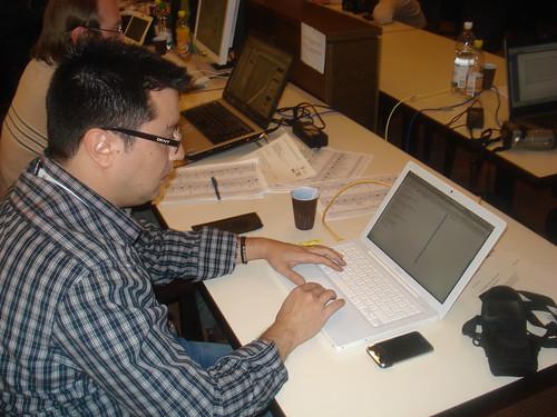 20:30 h, preparant la crònica per www.escacsandorra.com