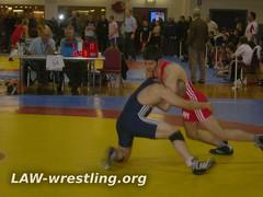 Mohsin headlocks his opponent