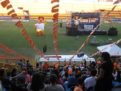IMG_7758 (DKcrossPhoto) Tags: luces fireworks dk elsalvador pollo ubuntu gnu sv campusparty campero iberoamerica decacross dkcross