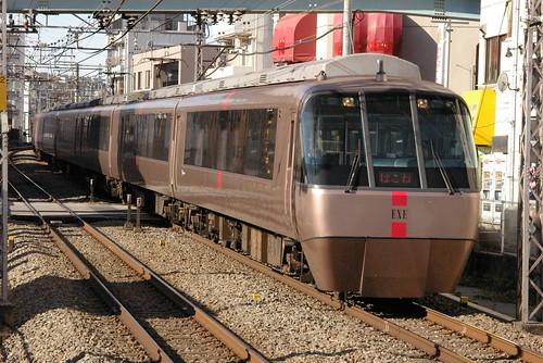 小田急電鉄