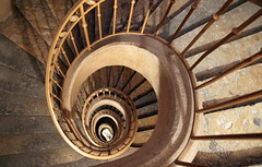 Spiral stairs (Croix-roussien) Tags: city urban stairs circle graphic lyon pierre repetition escargot spirale nationalgeographic cercle escaliers rond