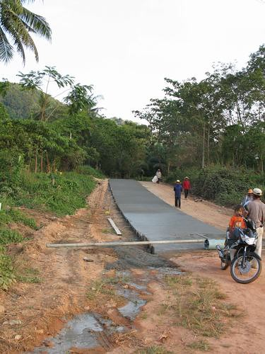 New road being built on Koh Lanta