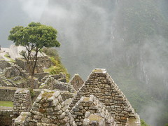 Machu Picchu in the cloud