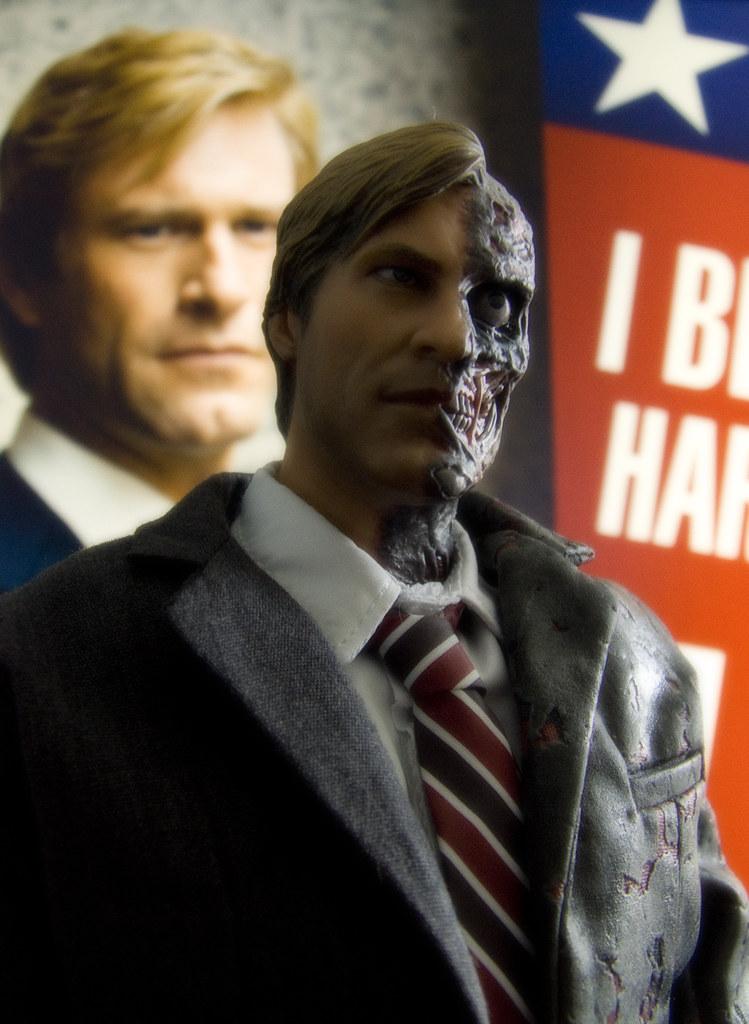 Harvey Dent New Earth: TWO-FACE / Harvey Dent PHOTO Thread