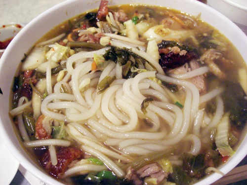 shredded duck noodle soup @ hing won