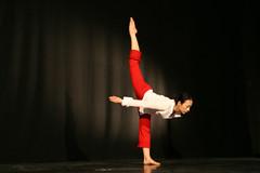 Elizabeth_Gaumond_7814 (Zaldun Urdina) Tags: circo circus aerial flex cirque contortion aro contorsion frontbend elizabethgaumond bihurrikaria