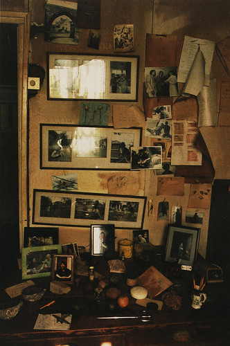 Roald Dahl's writing shed, picture gallery