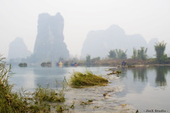 20080207 - Li River - Cormorants Bird Fishing Village (Jeremy Tan, KL) Tags: china mountain river li scenary geotag jinxstudio