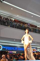 DSC_0076 (gigiv) Tags: philippines 2009 fashionweek mallofasia