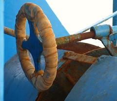 al comando (fabia.lecce) Tags: old blue italy detail boat rust barca south heavenly command salento ruggine vecchio dettaglio bluette comando southitaly fasciato