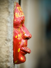Masque (F. Rima) Tags: red portrait paris rouge dof mask minolta olympus montmartre 58mm masque f12 e510 rokkor 50v5f shalow