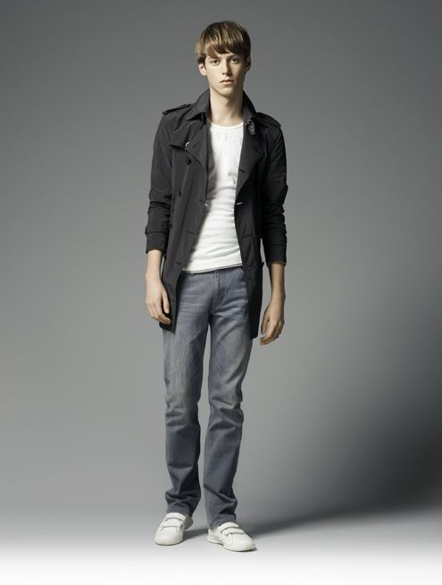 Benjamin Wenke0036_Burberry Black Label Summer 2010
